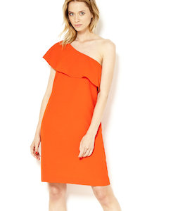 Robe one shoulder volant